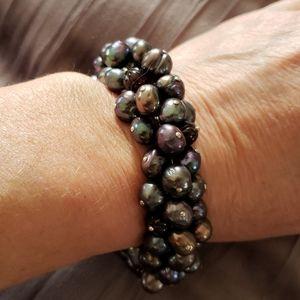 Stunning freshwater pearl and garnet bead bracelet